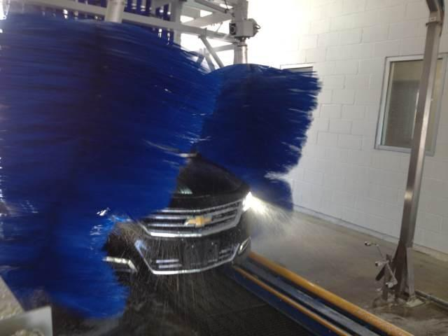 Autobase Tunnel-type Car Washing System Stable Safe With Muting Materials