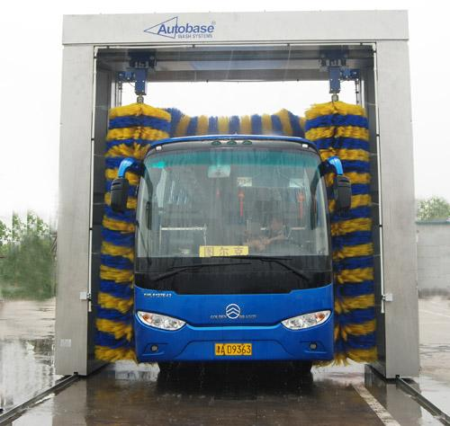 Advanced Professional Car Wash Systems Energy Saving For Washing Under 2.1 Meters Bus