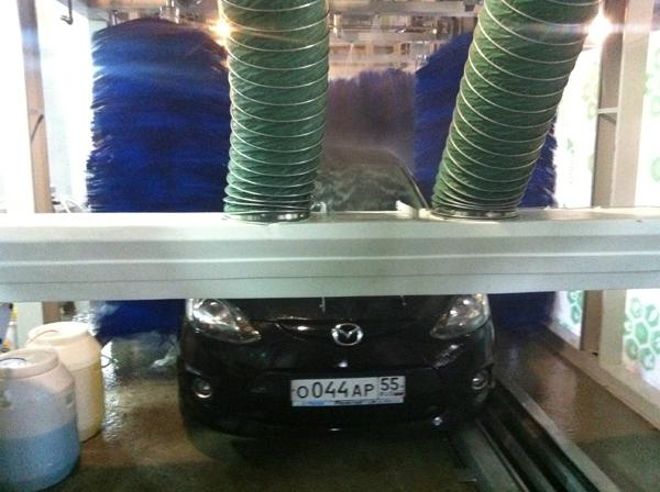 Fast Speed Tunnel Car Washing Machine Effective With Blue Brush